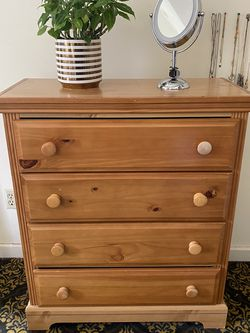 Dresser for Sale in Oregon City,  OR