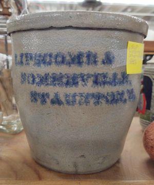 Lipscomb & Somerville, Staunton, Va Stoneware Crock for Sale in Fort Defiance, VA