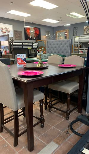 5 pc dining set on sale ! 🤩 for Sale in Bakersfield, CA