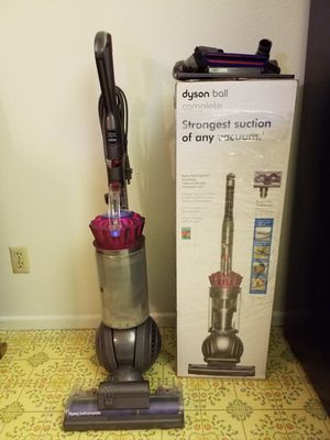 Dyson Ball Complete Vacuum with 3 Yr. Warranty for Sale in Los Angeles, CA