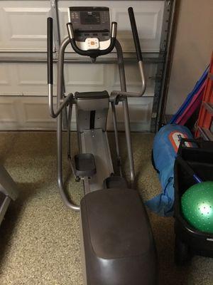 Precor 5.35 Elliptical Fitness Crosstrainer for Sale in CARPENTERSVLE, IL