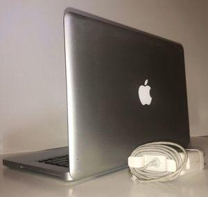 Unlocked Apple MacBookPro 010' w/ 2017 HighsierraOs 13 inch w/ MacBook charger 🔌 for Sale in Stafford, TX