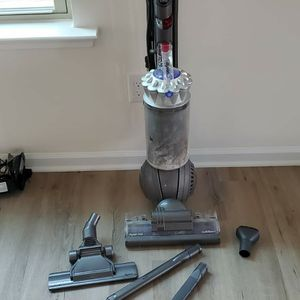 Dyson Vacuum Cleaner For Sale for Sale in Holly Springs, NC