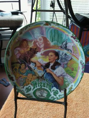 Knowles limited edition Musical Over the Rainbow 1993 collectors plate for Sale in Everett, WA