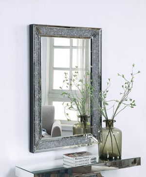 Mirrored Frame Rectangular Wall Mirror w/Faux Diamonds for Sale in Riverside, CA