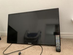 Samsung and Magnavox 28-30 inch Tvs for Sale in Dallas, TX