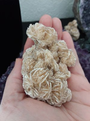 ABSOLUTELY Beautiful Piece of Natural Gypsum Crystal AKA Desert Rose. Super Sparkly. for Sale in Rancho Cucamonga, CA