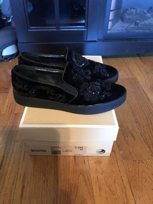 Women's Michael Kors size7.5 for Sale in Bronx, NY