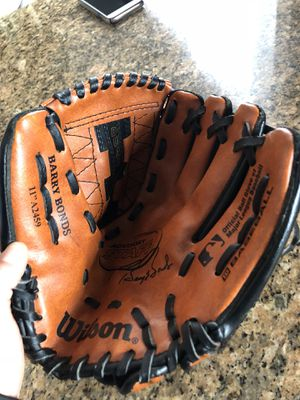 "Kids baseball glove size 11"" for Sale in Delaware, OH"