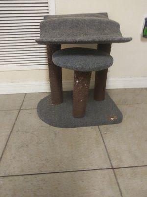 Cat post screws need tighten asking 40 obo for Sale in Lakeland, FL
