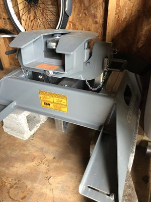 B&W Companion 5th wheel hitch for Sale in South Mills, NC