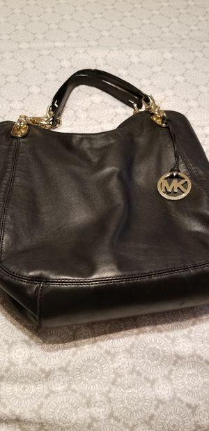 Michael Kors Leather Hobo bag for Sale in Irving, TX