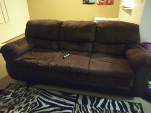 Brown couch for Sale in Stockton, CA