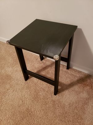 Black Side Table for Sale in Charleston, WV