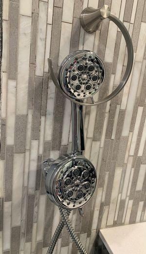 Pfister Dual Adjustable Spray Shower Head w/ Hand Held Sprayer. Chrome bathroom accessories. for Sale in Las Vegas, NV