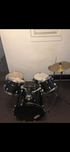 Drum set for Sale in Hamden, CT