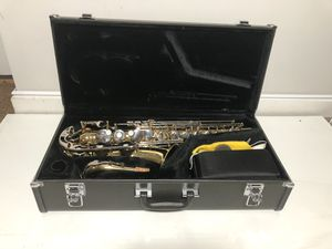 Saxophone Yamaha YAS-23 with extras, near new condition for Sale in Pepperell, MA