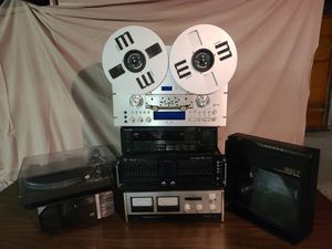 Stereo Equipment- Make an offer! :) for Sale in Bayonne, NJ