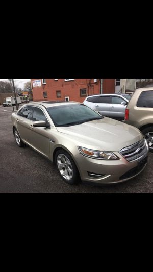 2011 Ford Taurus for Sale in Cleveland, OH