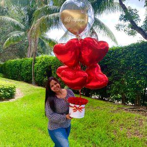 Roses Box🌹 Balloons Bouquet 🎈 Caja de Rosas y Globos para Cumpleaños, aniversario for Sale in Miramar, FL