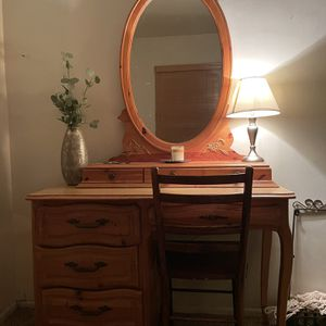 Vintage Vanity for Sale in Pomona, CA