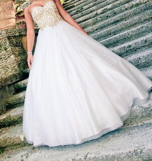 Quince Dress for Sale in Lawrenceville, GA