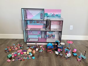LOL Surprise House + LOL Dolls & Pets for Sale in Washougal, WA