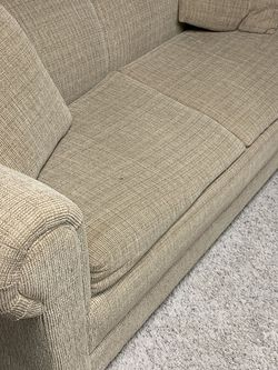 Love Seat Pull Out Bed for Sale in Naperville,  IL
