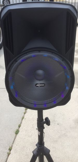 12 inch rechargeable Bluetooth speaker/aux/Fm/USB and SD port/microphone/karaoke/many styles available!! Brand new! for Sale in Moreno Valley, CA