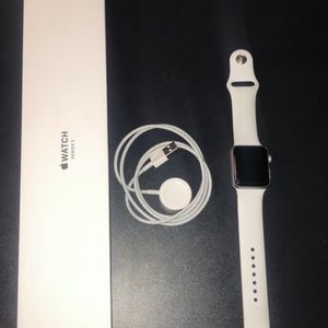 Apple Watch Series 3 for Sale in Chapin, SC