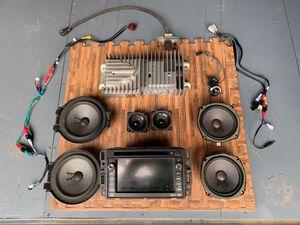 Hummer H2-Radio-Nav-Back Up Camera. OEM. for Sale in Queens, NY