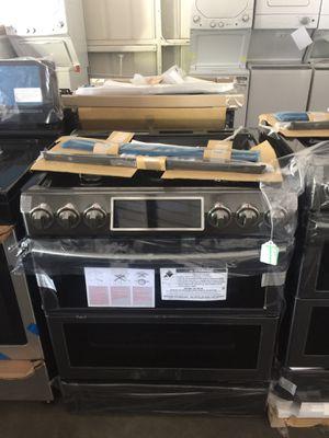 Samsung black stainless double oven slide in range for Sale in San Luis Obispo, CA