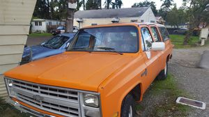 1986 Chevy suburban for Sale in Joint Base Lewis-McChord, WA