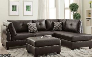 Sectional with ottoman in brown . Brand new for Sale in Miami Gardens, FL