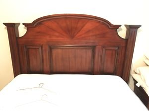 Beautiful Queen wooden Bed Frame for Sale in San Bruno, CA