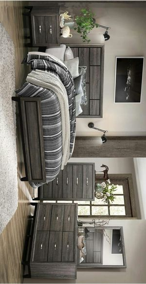 Davi Gray Panel Bedroom Set for Sale in Houston, TX