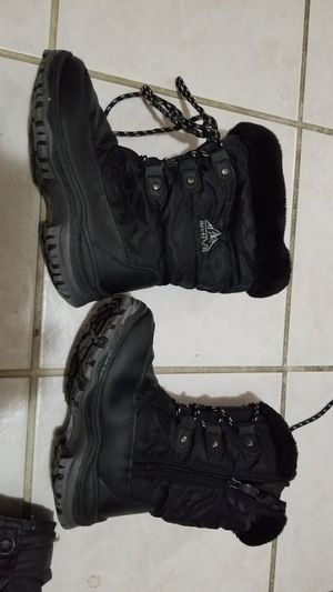 Size 2 Kid / Boy / Girl SNOW / winter boots - Firm Price for Sale in San Jose, CA