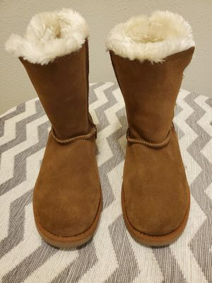 Target bailey Button boots for Sale in Riverview, FL