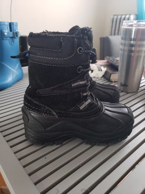 Lands End Little Kid Snow Boots for Sale in Brooklyn, NY