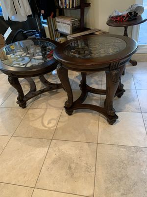 1 Oval Coffee Table and 2 Round Side Tables. for Sale in Paradise Valley, AZ