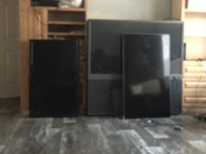 Use for parts the big tv works good the other two use for parts for Sale in Apopka, FL