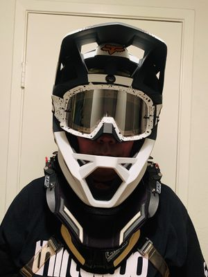 LEATT neck brace for mountain bike for Sale in Baldwin Park, CA
