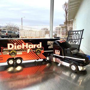 Matchbox 1993 Black Die Hard Trailer Lowbed for Sale in El Paso, TX