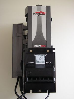 Mag50b bill acceptor for Sale in Los Angeles, CA