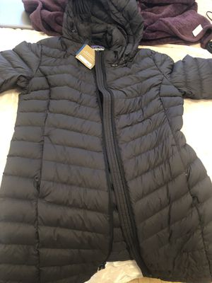 Patagonia Silent Down Parka for Sale in Chicago, IL