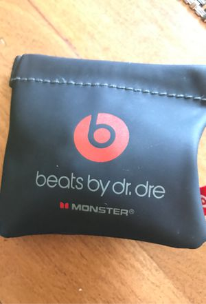 Beats (earbuds) for Sale in Highland Beach, MD