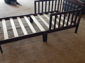 Toddler Bed for Sale in Milford,  OH