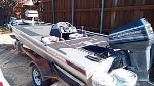Aluminum boat 16 ft 40hp mercury force for Sale in Dallas, TX