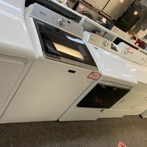 New Scratch&dent Maytag Top Load Washer And Dryer GAS Set 6 Months Warranty for Sale in Laurel, MD