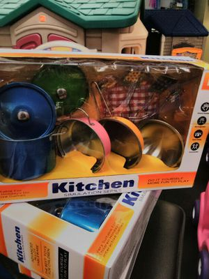 New Kitchen set of pans and pots for Sale in Poway, CA